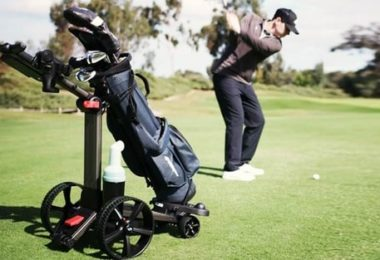 Comment fonctionne un chariot de golf électrique télécommandé ?